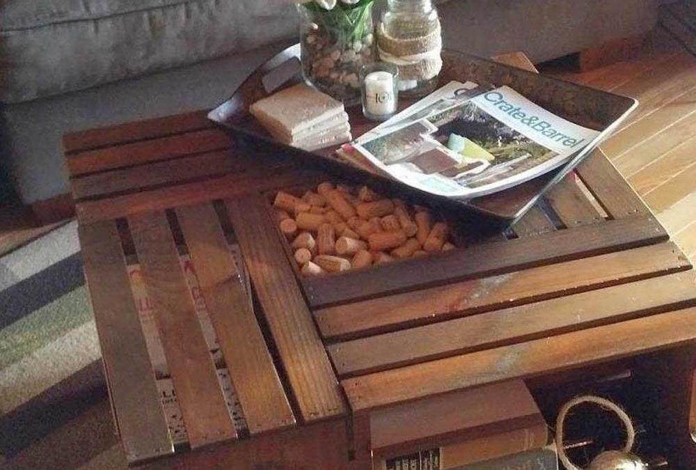 Stylový stůl ze starých poliček